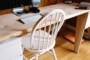детски стол с бюро